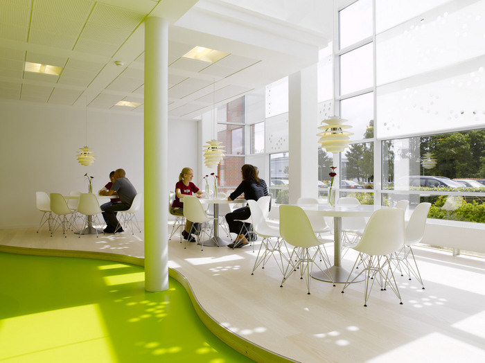 Shadowplay photo AndersSuneBerg 1 700x524 Quick Look: LEGOs Denmark Offices