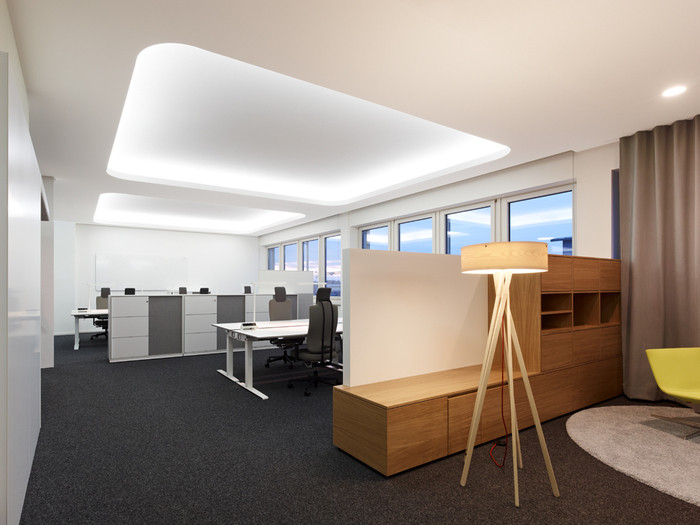 ZB371 15 700x525 Check Out SAPs Amazingly Collaborative and Teamwork based Walldorf Office