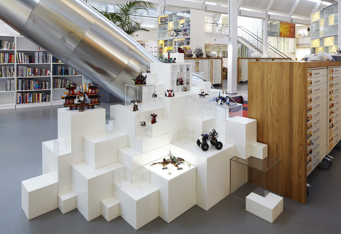 LEGO Denmark Office - Version 2.0 - 12
