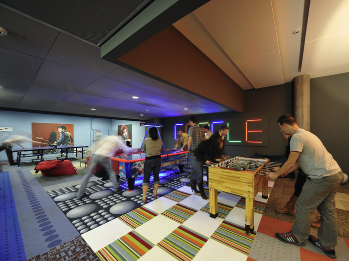 Awesome Previously Unpublished Photos of Google Zurich - 35