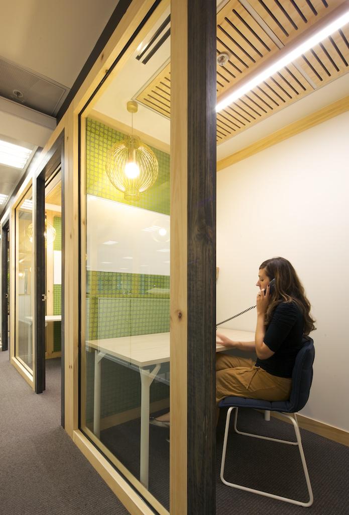 Hospira's New Open Plan Melbourne Office - 8