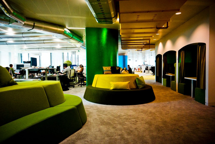 Inside Googles London Office again Office Snapshots