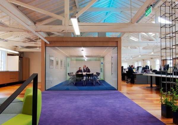 Inspiration: Offices Clad In Purple, The Color of Royalty - 3