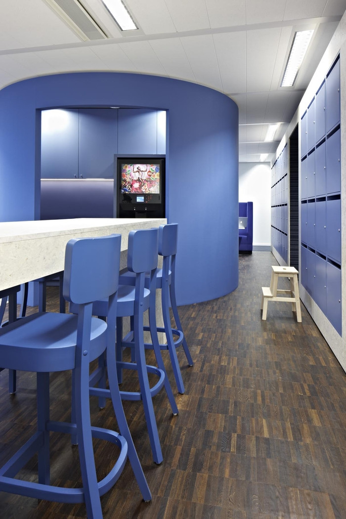 Inside CTAC's Flexible And Colorful Head Offices - 2