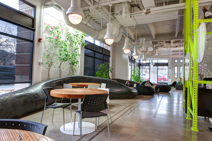 Quick Left's Healthy and Productive Warehouse Offices - 15