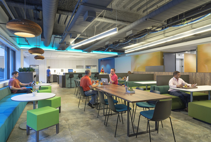 Inside Kaiser Permanente's IThrive Collaborative Office Prototype - 13