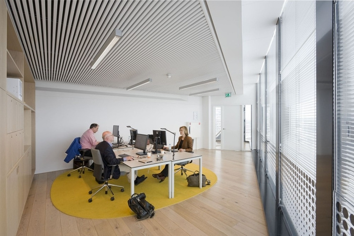 NS Stations' Bright and Open Utrecht Offices - 21