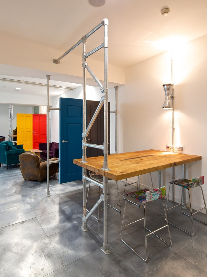 McCann's Refurbished London Reception and Breakout Areas - 7