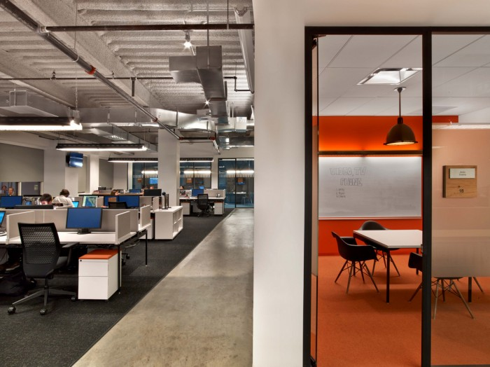 Inside Tough Mudder's Headquarters / M Moser Associates - Office Snapshots