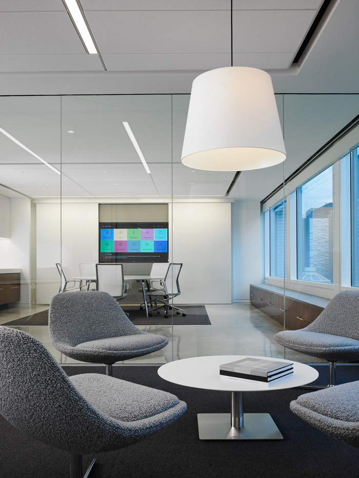 Pivot Design - Chicago Offices - 10