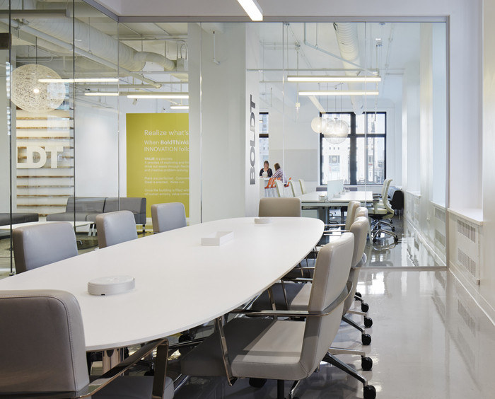 The Boldt Company Offices - Chicago - 4