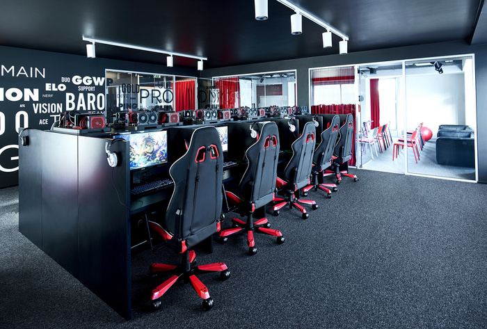 American Video Game Company Offices - Berlin - 8