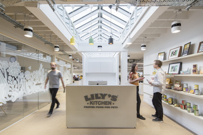 Lily\'s Kitchen Offices - London - Office Snapshots