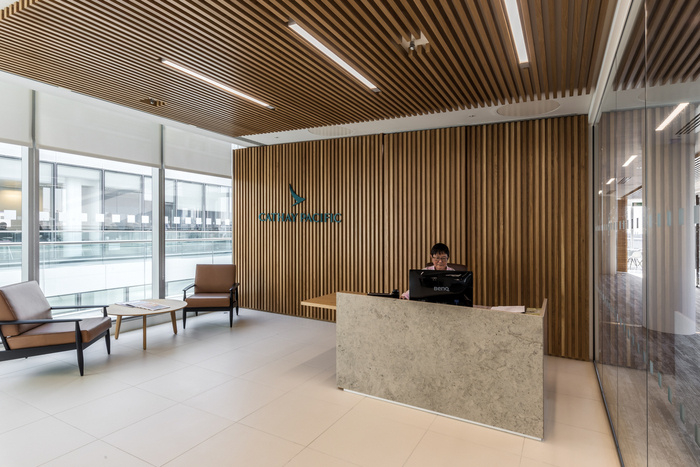 Cathay Pacific Offices - London - 1