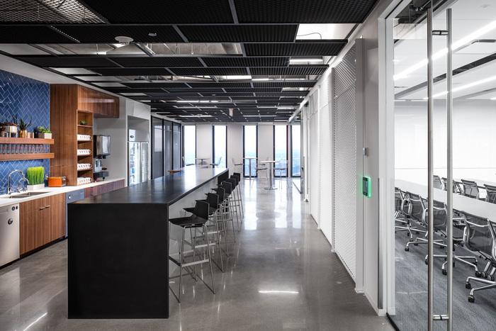 Code 42 Offices - Minneapolis - 14