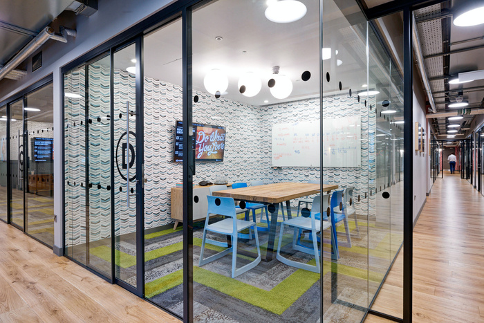 WeWork Devonshire Square Coworking Offices - London - 9