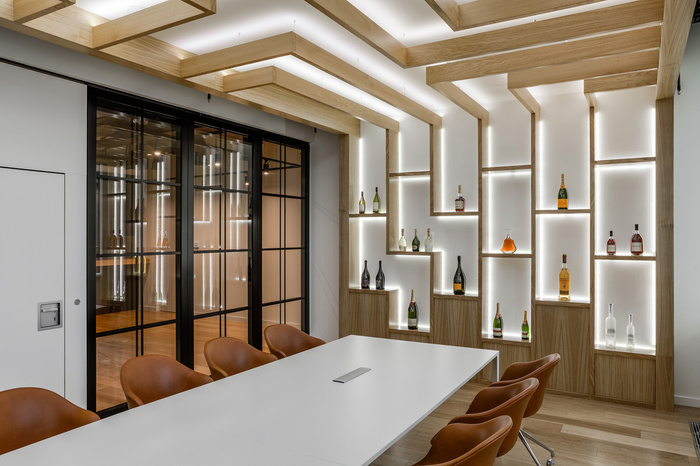 Moet Hennessy Offices - Moscow - 17