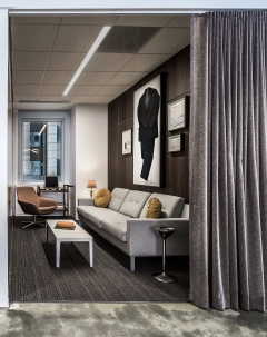 Sofas / Modular Lounge in American Marketing Association Offices - Chicago