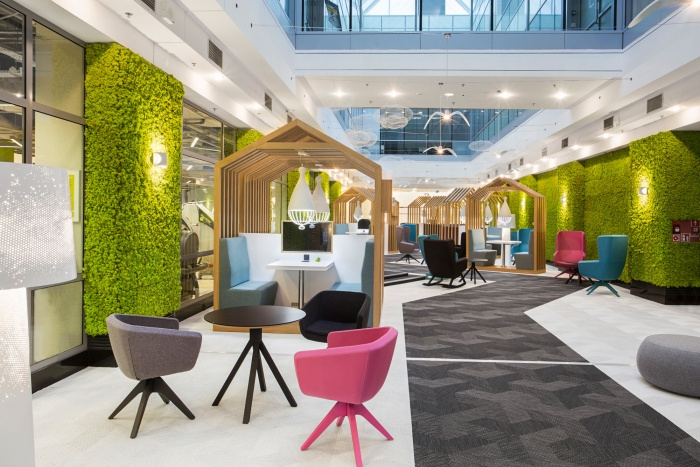 Wola Park Coworking Offices - Warsaw - 5