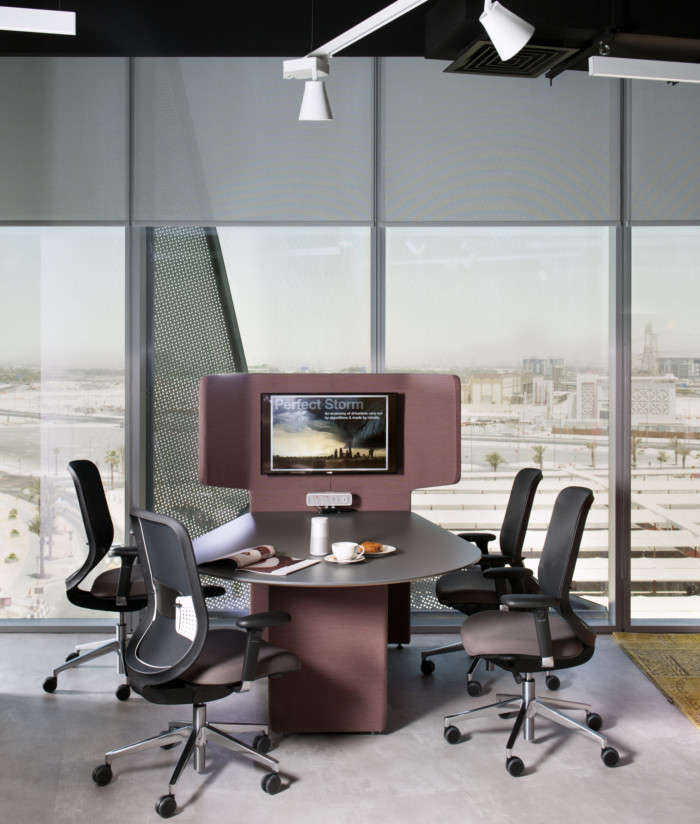 Orangebox Smartworking Offices and Showroom - Dubai - 6