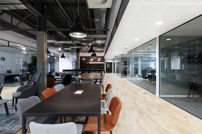 Central Working Victoria Coworking Offices – London - 10