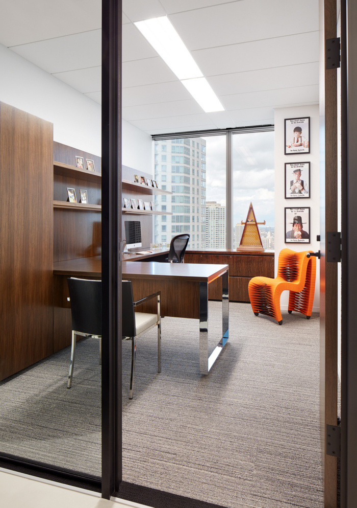 Levy Family Partners Offices - Chicago - 8