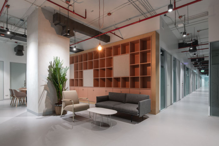 SPACES Chamchuri Square Coworking Offices - Bangkok - 11