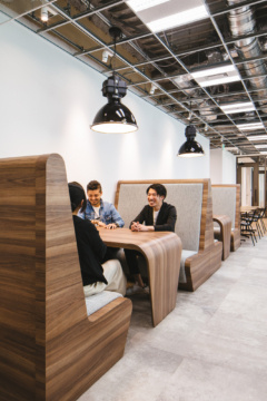 Booth Seating in Net Marketing Offices - Tokyo