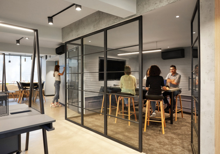.U Share Coworking Offices - New Delhi - 6