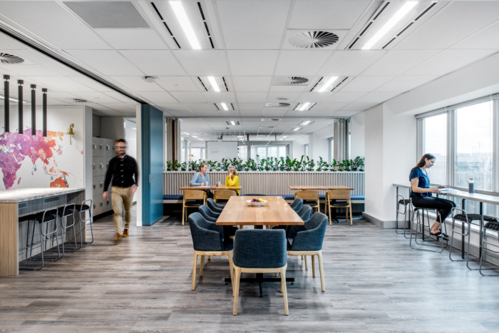Livingstones Offices - Brisbane - 4