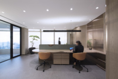 Hot Desk in Sapientia Investment Offices - Hong Kong