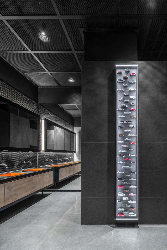 Mercedes-Benz Offices - Hong Kong - 12