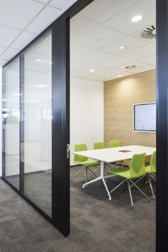 Meeting Room - Square / Rectangle Table in L'Oréal Offices - Muggensturm