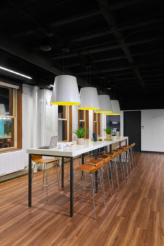 High Table in Motorola Offices - Chicago