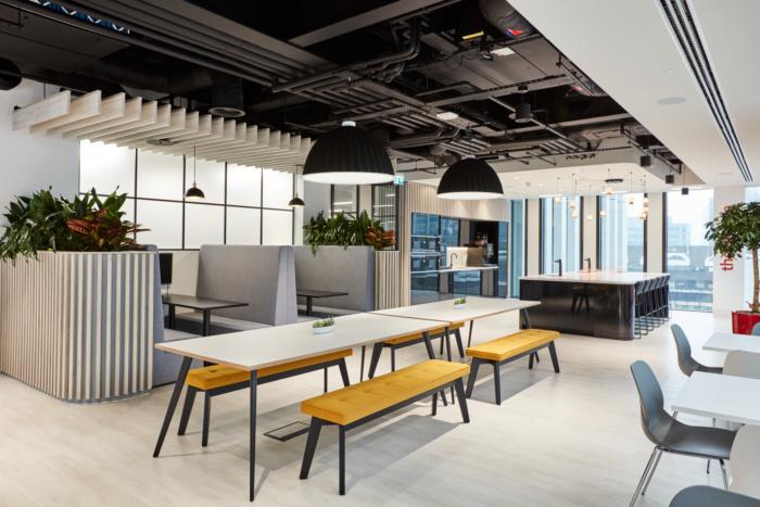 MHA MacIntyre Hudson Offices - London - 11