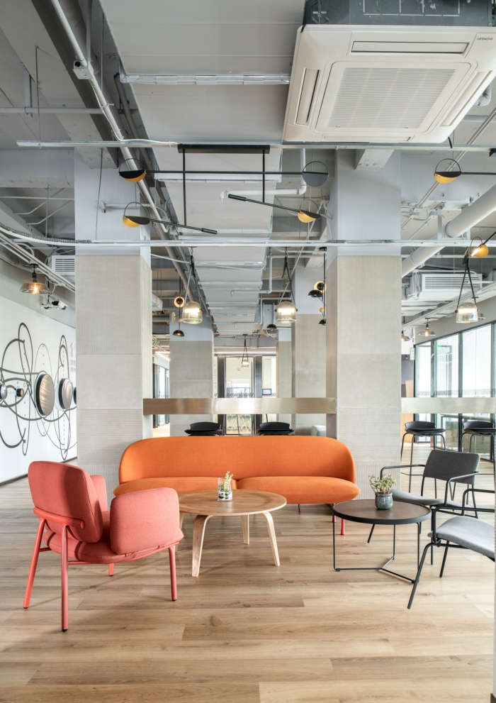 Bigger Silicon Alley Coworking Offices - Beijing - 8