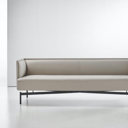 Finale Sofa by Bernhardt Design