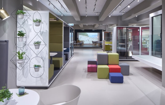 Finest Design Nest Coworking Offices Expansion – Hong Kong - 1