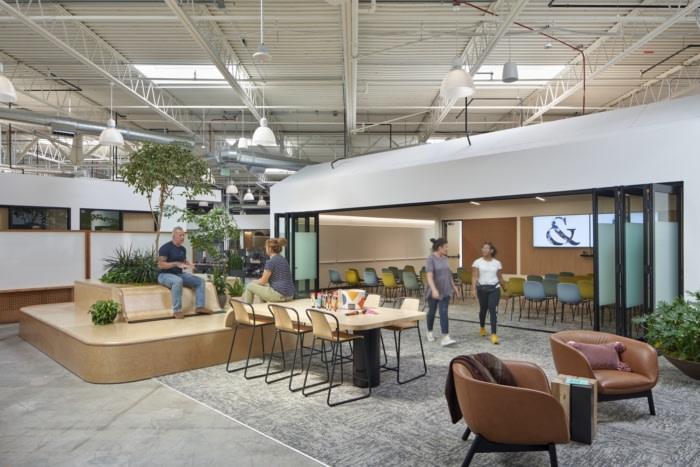 Saatchi & Saatchi Offices - El Segundo - 4