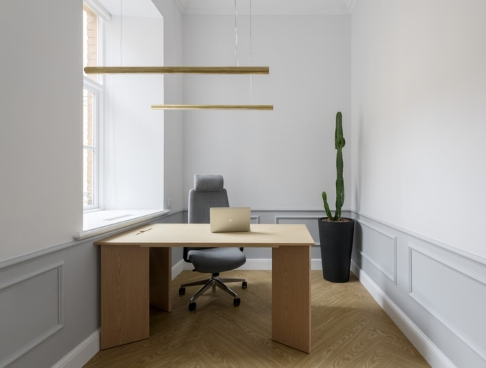 Private Apartment Office - Kyiv - 4